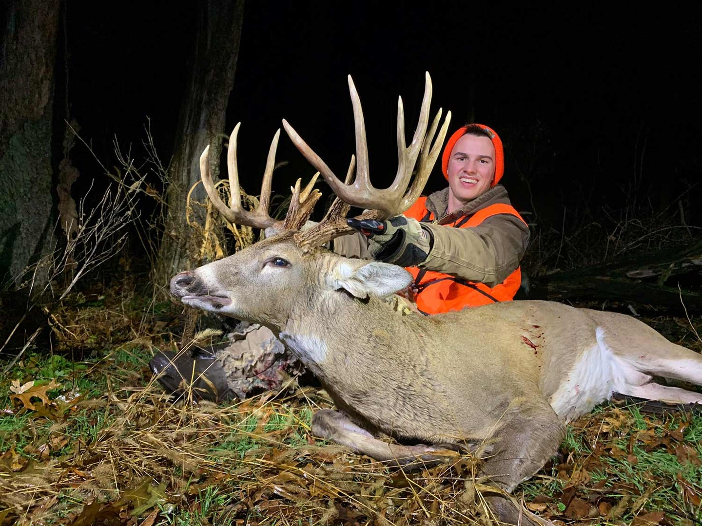 Josh Wagenbach shows off his big main-frame10-point, which grosses 190 B&C.