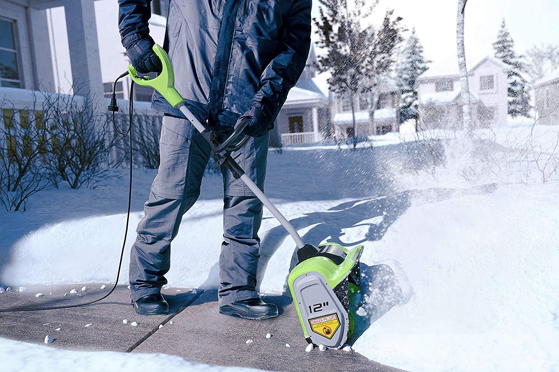 Electric snowblowers