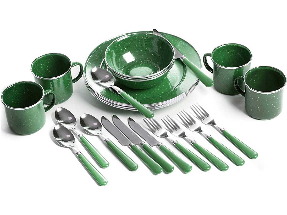 outdoor dinnerware set