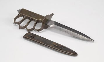 The Stories Behind 7 Infamous U.S. Military Knives