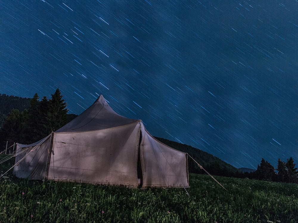 Family-sized tent withstanding the storm
