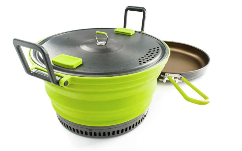 The GSI Outdoors Escape 3L Pot and Fry Pan on a white background.
