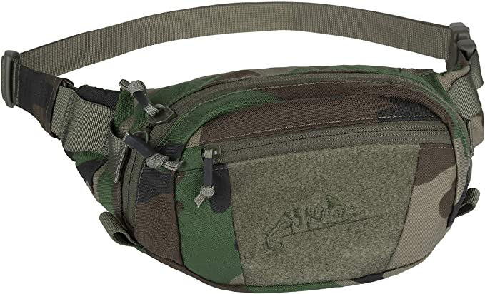 A camoflauge fanny pack.