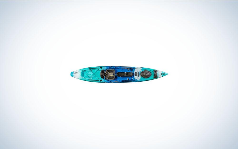 Tri-colored paddle kayak