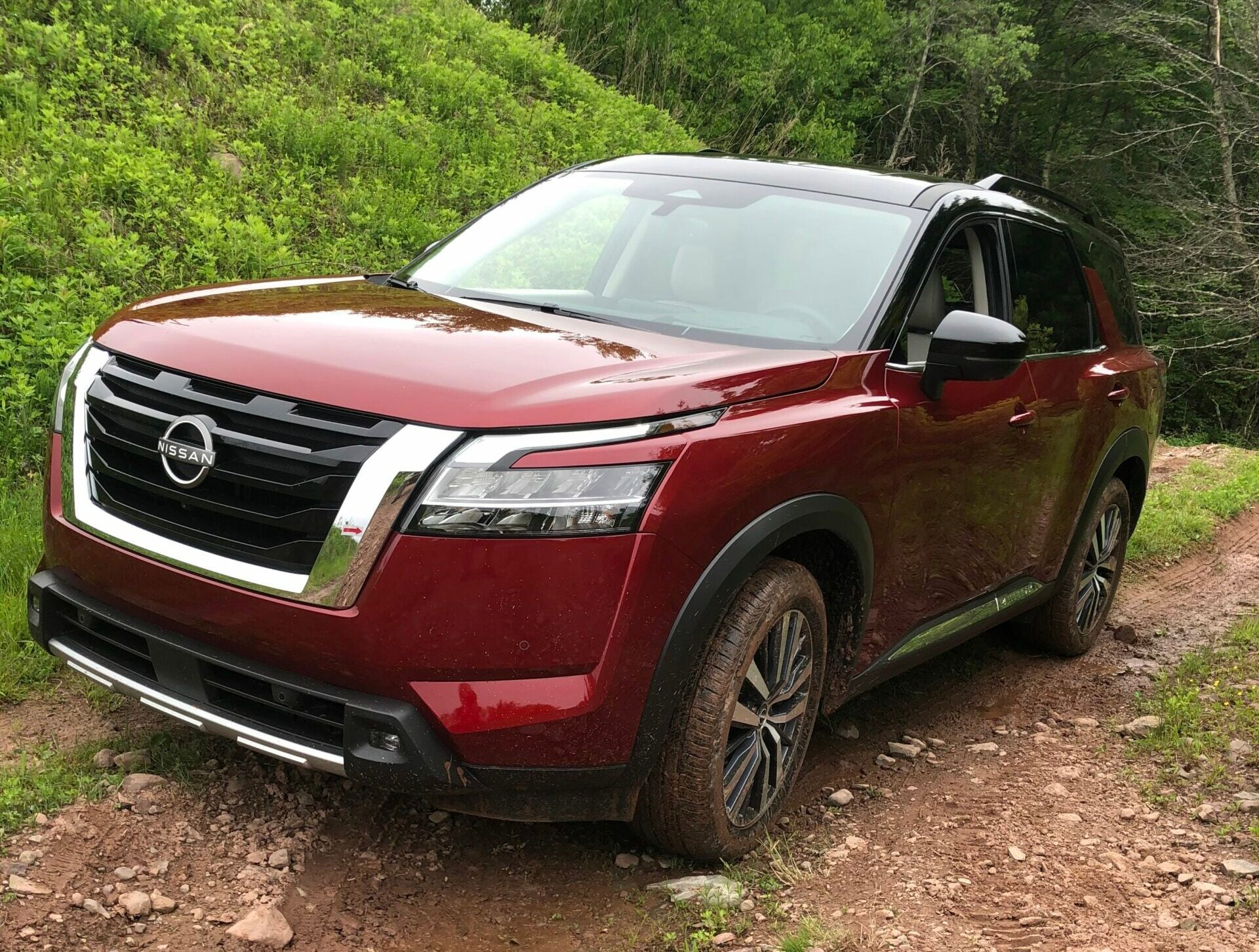 Test-driving the new 2022 Nissan Pathfinder on a truck review.
