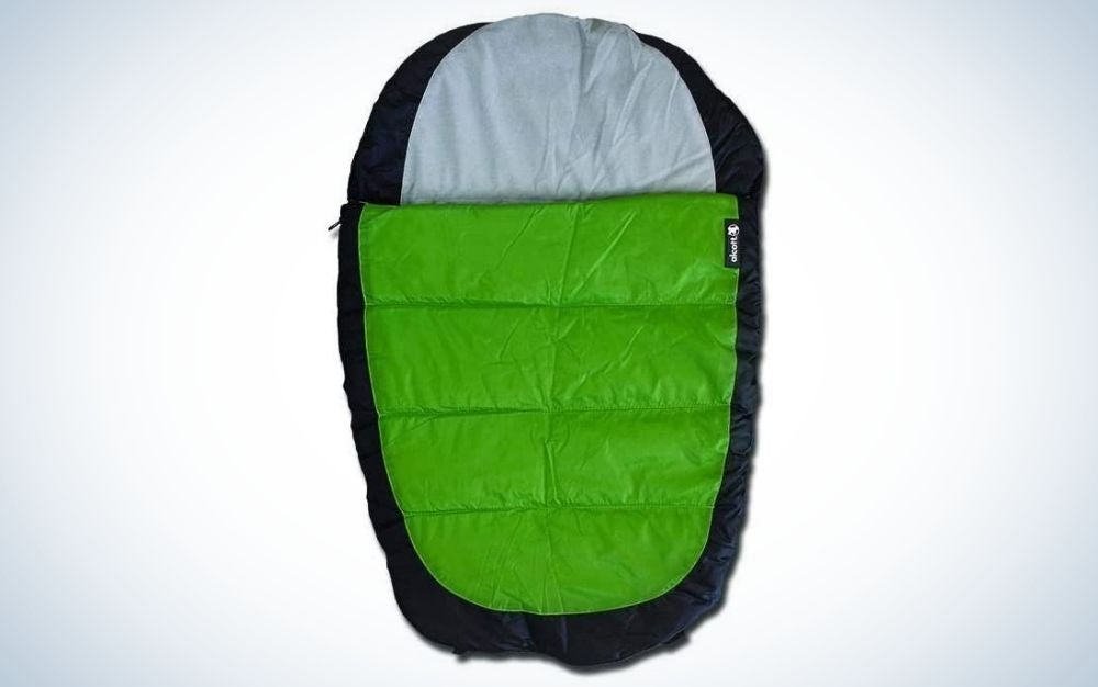 Alcott adventure are the best sleeping bags for dogs