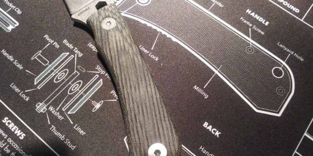 The knife handle on the Rainier Knives basecamp