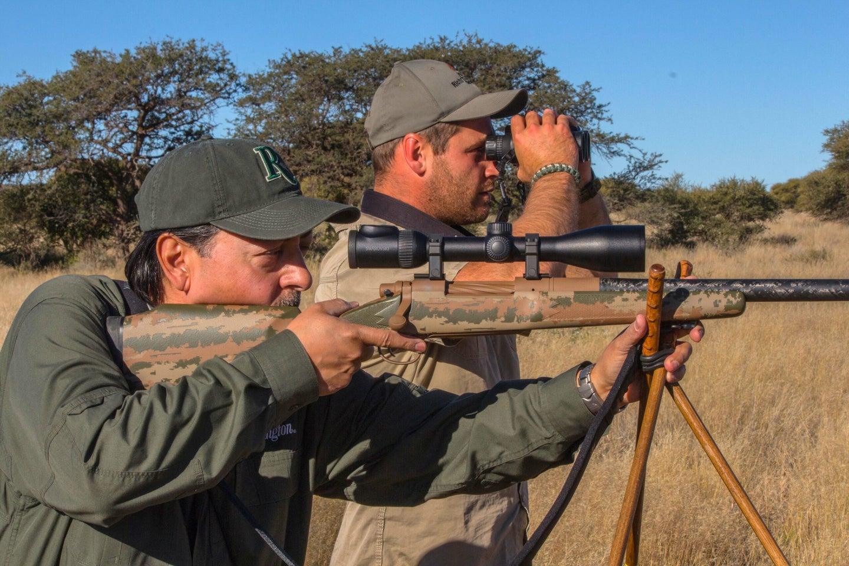 Hunters with riflescope