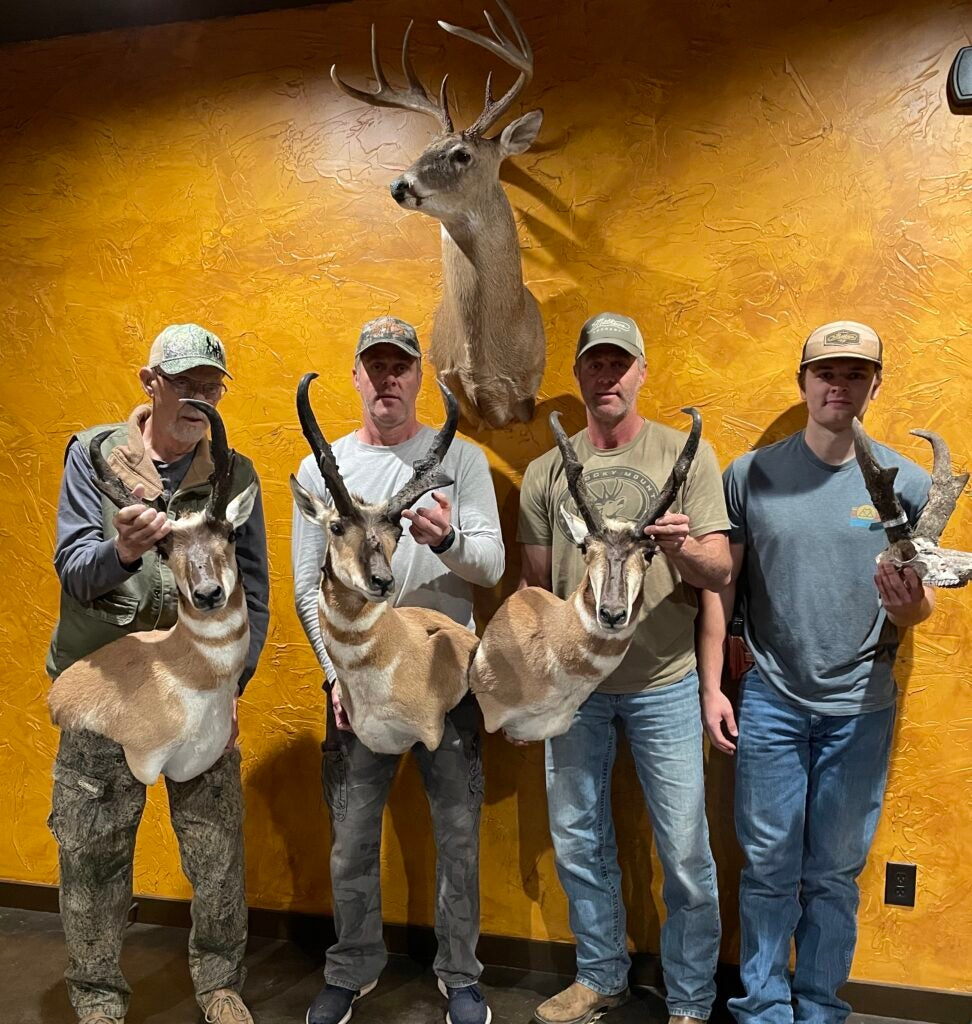 Smith family pronghorn hunt