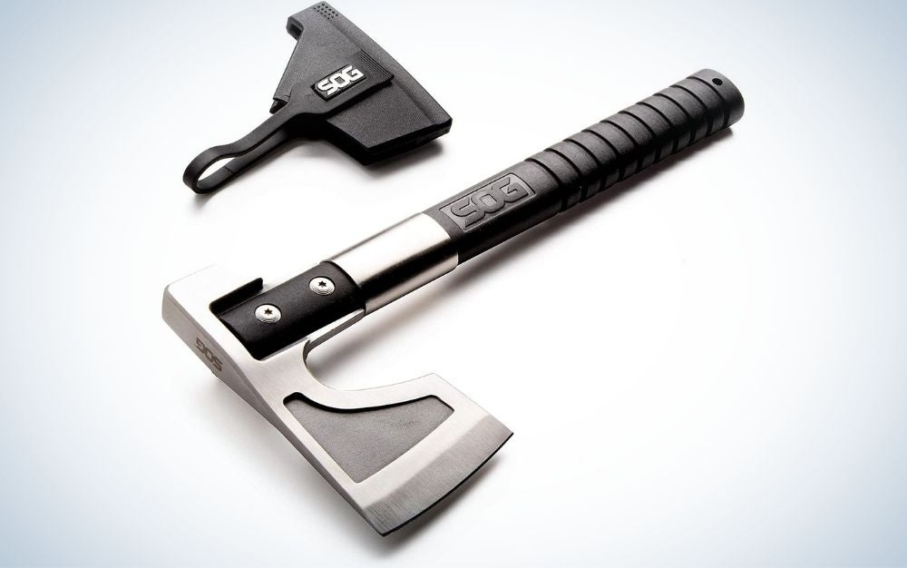 A medium ax which has a black tail and a silver head as well as a thick black cover next to the ax.