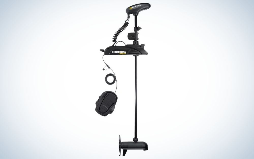 Black Bluetooth trolling motor with i-Pilot US2 and foot pedal