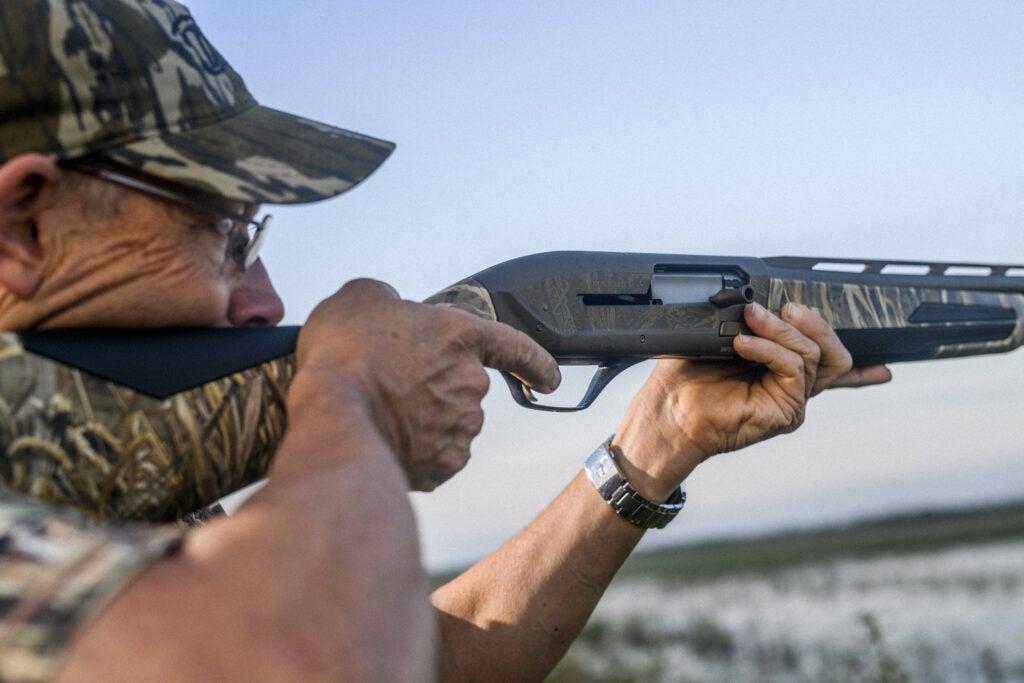hunter shooting a Browning Maxus II